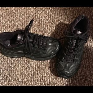 Skechers size 8 athletic shoes